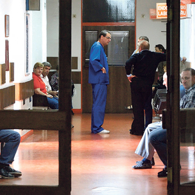 U bolnicama kažu da se trenutno obavi oko 60 posto posla koji je uobičajen tijekom jednog dana
