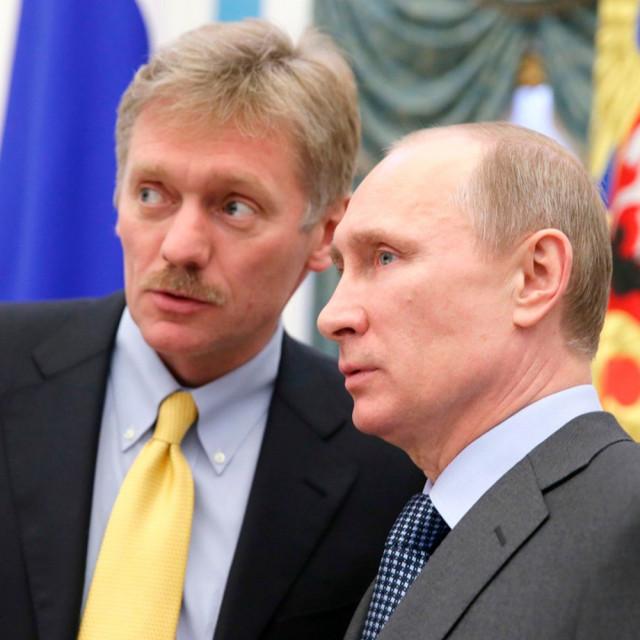 Dmitrij Peskov i Vladimir Putin