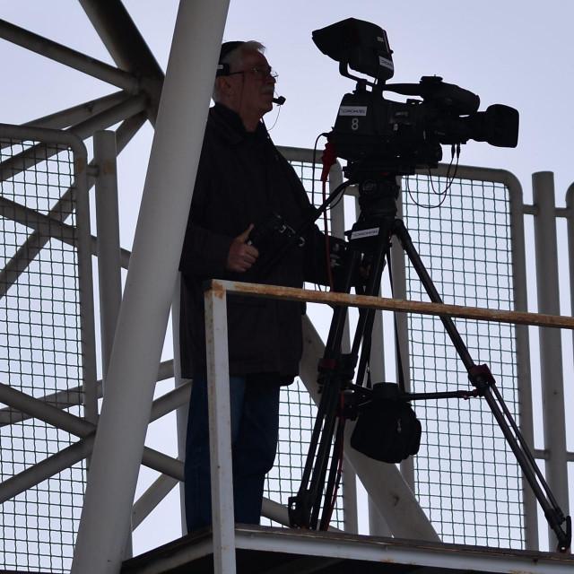 Na fotografiji: kamere za prijenos utakmice koje se ujedno koriste i za VAR.<br />