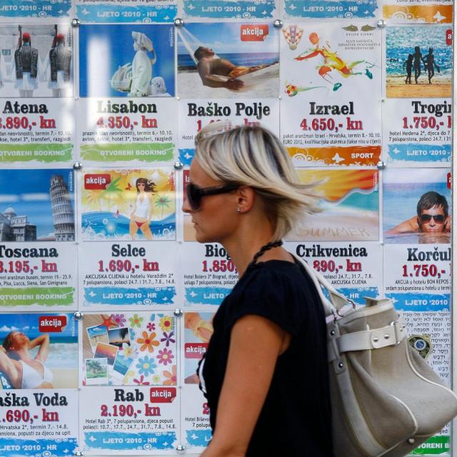 Turistička agencija, ilustracija