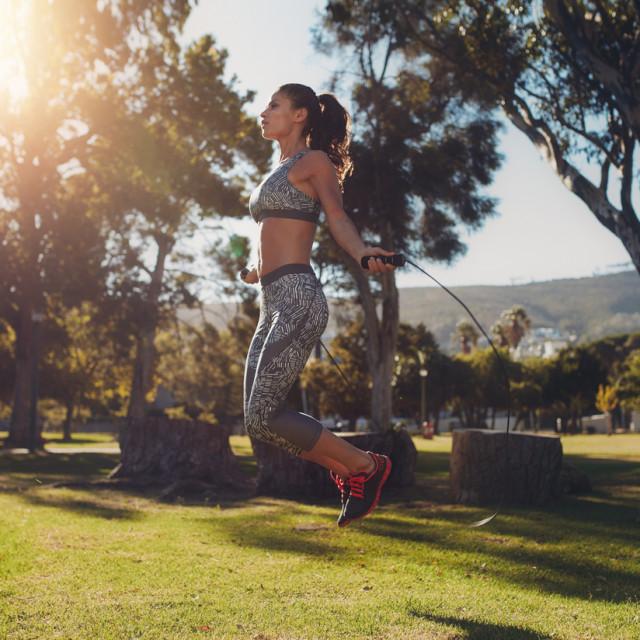 Preskakanje užeta je kompletna vježba za cijelo tijelo
