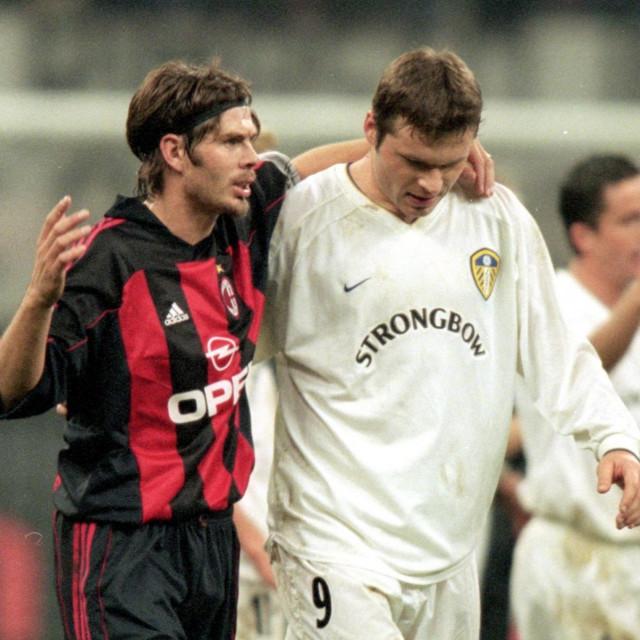 Zvonimir Boban i Mark Viduka razgovaraju nakon 1:1 u Ligi prvaka na San Siru krajem 2000. godine
