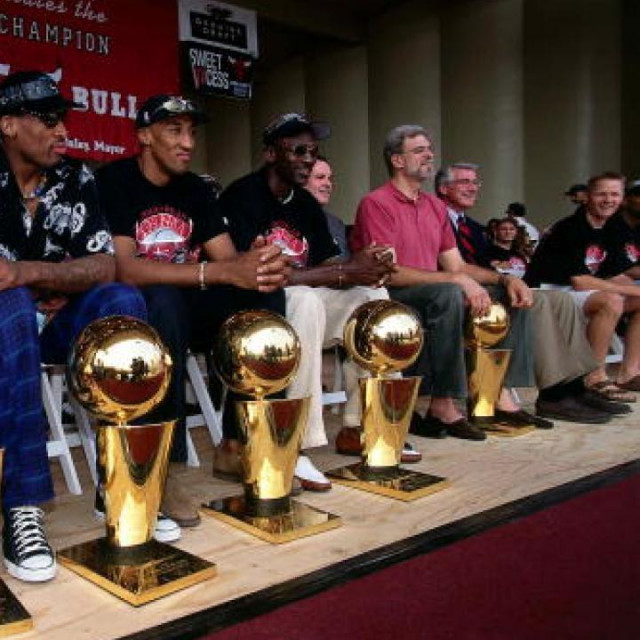 Šampionska generacija Chicago Bullsa sezone 1997/98