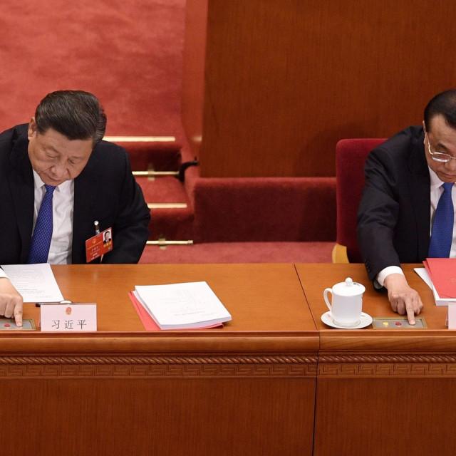Predsjednik Xi Jinping i premijer  Li Keqiang