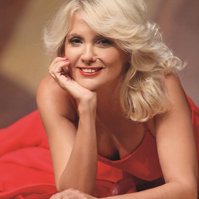 Barbara Nola