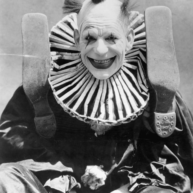 """Lon Chaney u filmu """"Onaj koji dobije šamar"""" iz 1924. godine"""