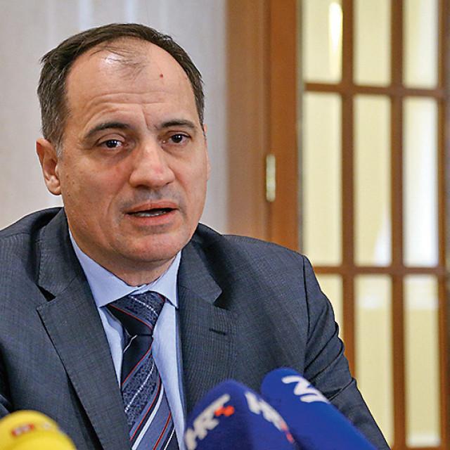 Na fotografiji: Slaven Dobrović