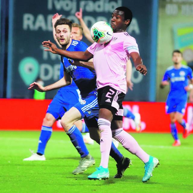 Atiemwen ima priliku osvojiti prvi Kup trofej u povijesti Lokomotive