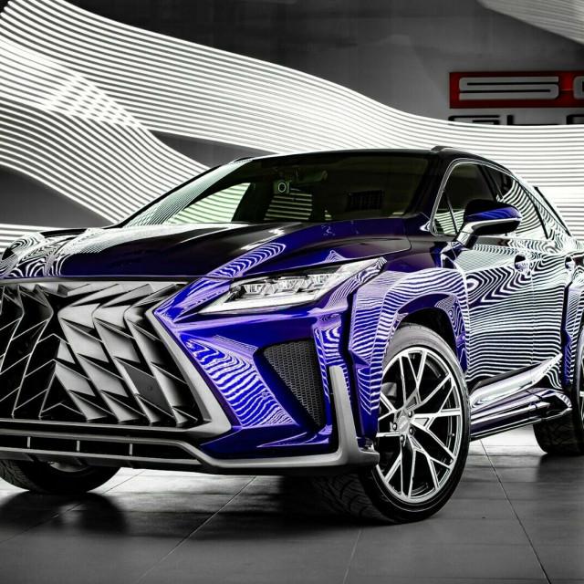 Lexus-Russia-1