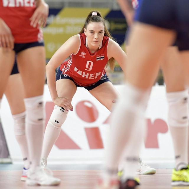 Varazdin, 150619.<br /> Arena Varazdin.<br /> Utakmica 6. kola Zlatne lige za zene,<br /> Hrvatska - Francuska.<br /> Na fotografiji: Lucija Mlinar.<br />