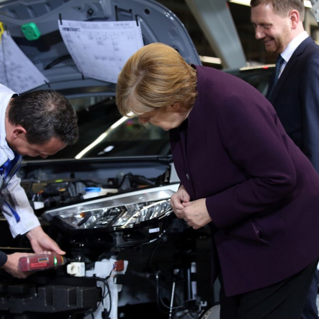 Angela Merkel u Volkswagen tvornici