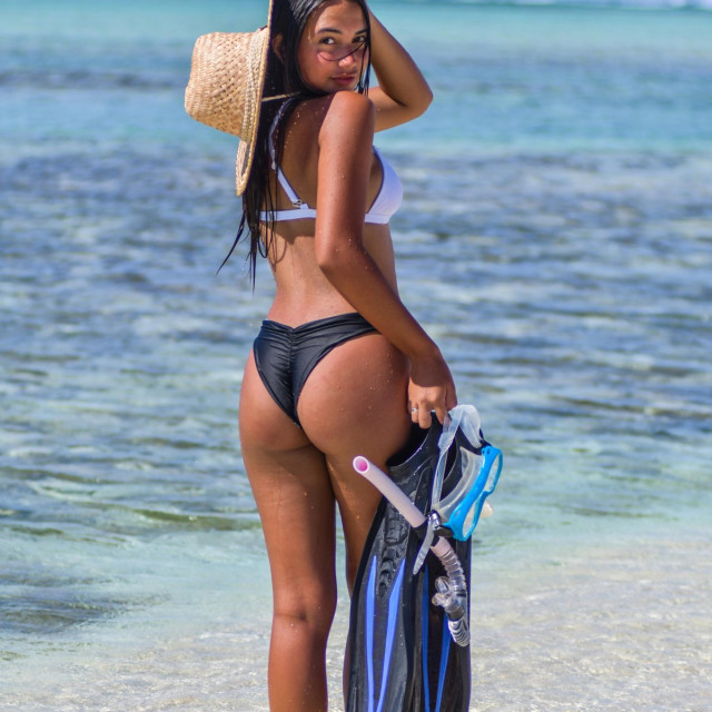 Djevojka sunce bikini plaža