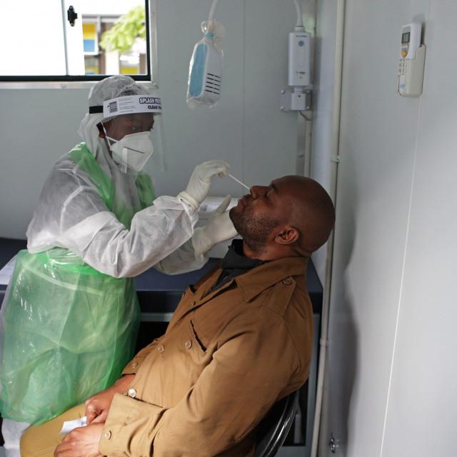 Ilustracija / testiranje u Pretoriji