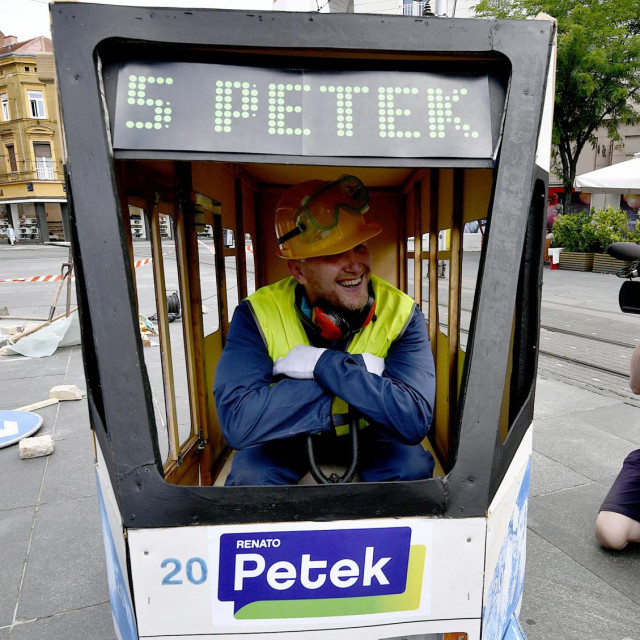 Performans Renata Peteka