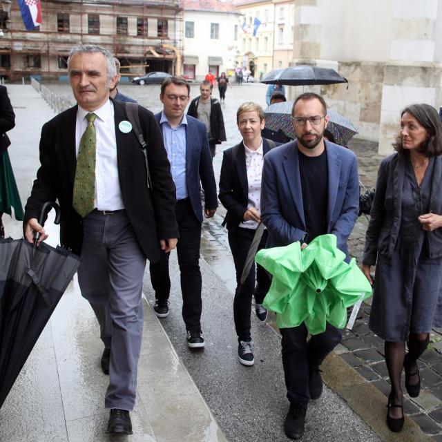 Rada Borić, Zorislav Antun Petrović, Siniša Glavašević, Danijela Dolenec, Tomislav Tomašević i Urša Raukar Gamulin<br />
