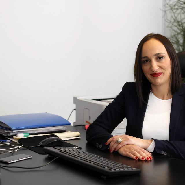 Ana Stojić Deban