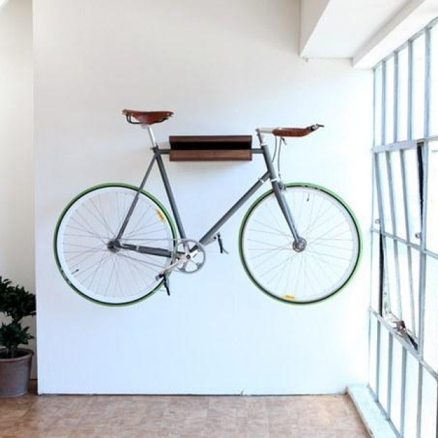 Vješanje bicikla na zid