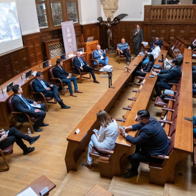 Panel rasprava o digitalnoj ekonomiji