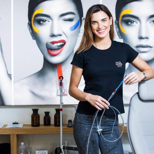 Josipa Kusić otvorila je u Zagrebu Face Workout Studio. Tretmanima pomaže pri održavanju mladosti lica.