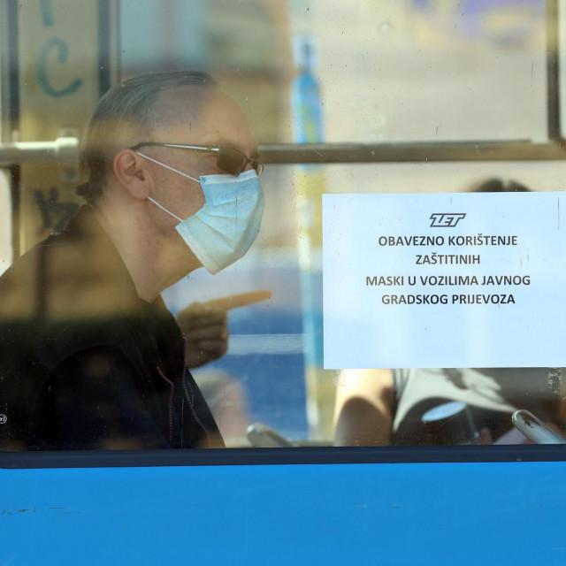 Građani su dužni nositi maske u gradskom prijevozu