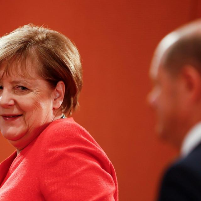 Njemačka 1. srpnja preuzima kormilo nad najvećim trgovinskim blokom na svijetu uoči nezapamćene ekonomske krize.