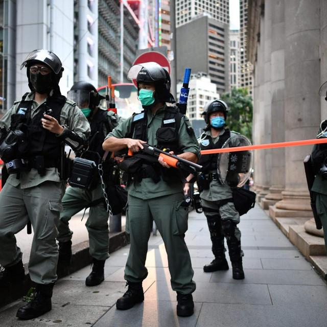 Policija u obračunu s prosvjednicima u Hong Kongu