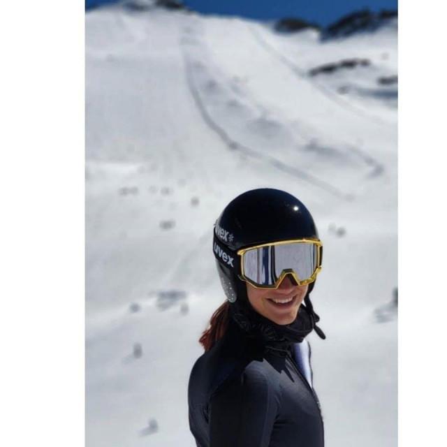 'Osmijeh sve govori', napisala je Leona uz fotografija s treninga na Mölltaler ledenjaku