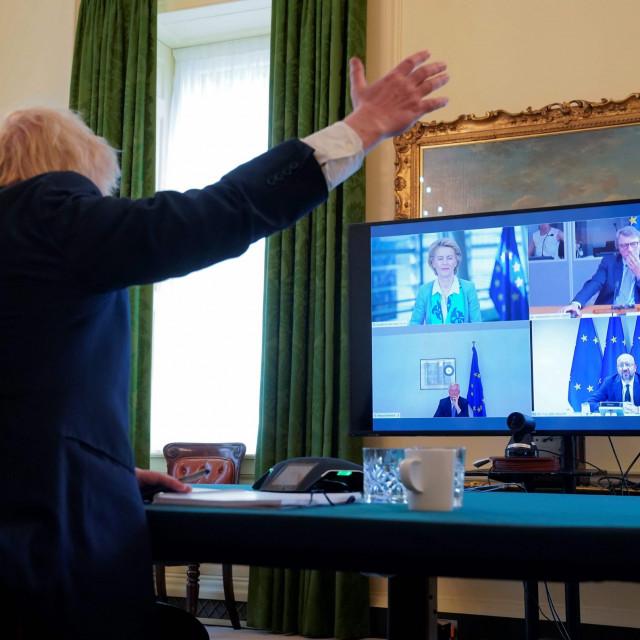 Posljednji sastanak na visokoj razini održan 15. lipnja 2020. povodm pregovora o trgovinskom sporazumu. Na slici Boris Johnson u Downing street 10 razgovora putem videokonferencije s čelnicima EU: predsjednikom Vijeća Charles Michelom, predsjednicom Komisije Ursulom von der Leyen, predsjednikom europskog parlamenta Davidom Sassolijem i glavnim EU pregovaračem Michelom Barnierom