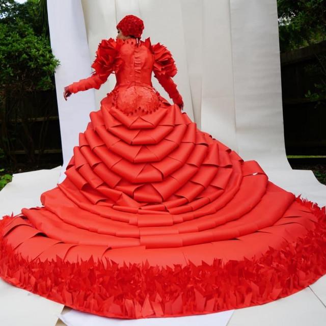 haljina Karine Bondareve