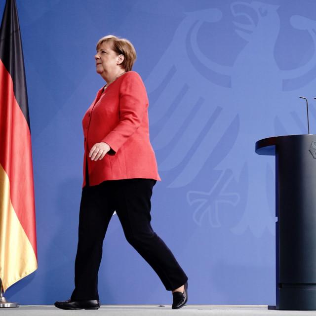 Najveći izazov bit će odnos Europske unije i Kine nakon pandemije koronavirusa. Stav koji će Njemačka zauzeti prema Kini tijekom predsjedanja uvelike će oblikovati odnos Bruxellesa i Pekinga u narednih deset godina. Odnos EU i Kine bio je jedan od prioriteta njemačkog predsjedanja Unijom prije samo nekoliko mjeseci