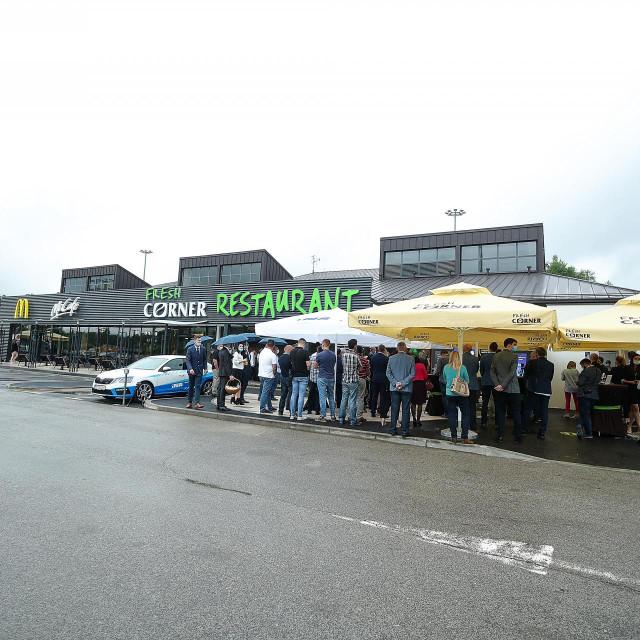 03.07.2020., Vukova Gorica - Otvorenje prvog Fresh Corner restorana u Hrvatskoj na INA benzinskoj postaji u Vukovoj Gorici. Photo: Goran Stanzl/PIXSELL