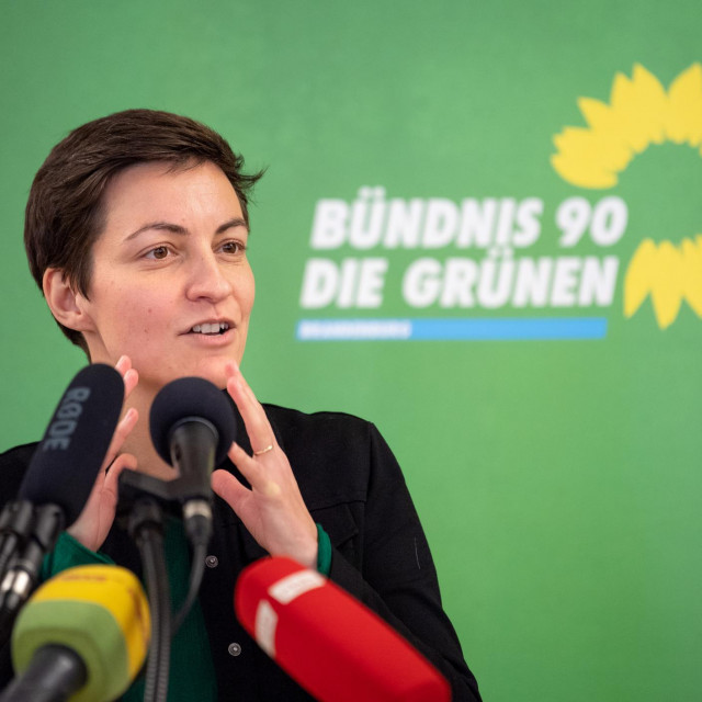 07 December 2019, Brandenburg, Templin: Ska Keller, leader of the Greens/EFA parliamentary group in the European Parliament, speaks at the Bündnis 90/Die Grünen party's state party conference. A good three months after the state elections, the Brandenburg Greens want to vote for a new party leadership. Photo: Monika Skolimowska/dpa-Zentralbild/dpa