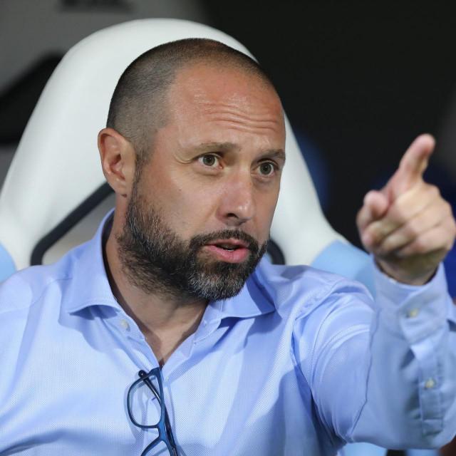 Igor Jovićević je u problemima, jer Dinamo ne igra dobro...