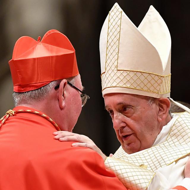Papa Franjo i luksemburški kardinal Jean-Claude Hollerich