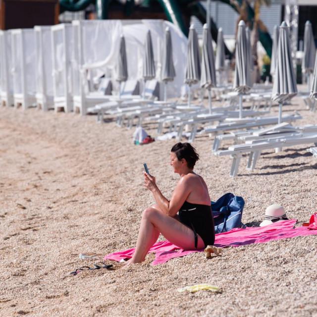 Prazna plaža Zrće