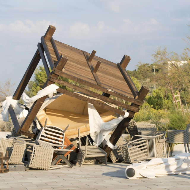 Olujna bura u Splitu, plaža Žnjan<br />