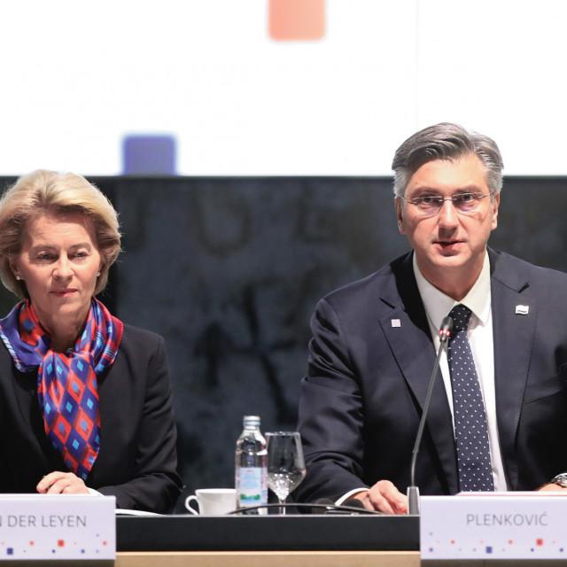 European Commission PresidentUrsulavon der Leyenand PM Andrej Plenkovic