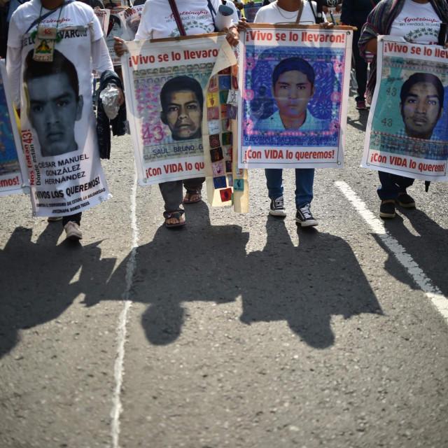 Prosvjed u Mexico Cityju povodom pete godišnjice nestanka studenata