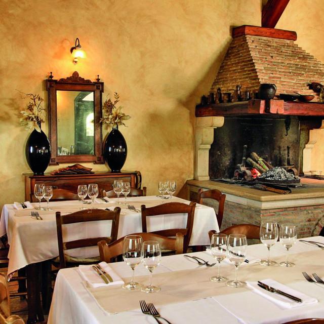 Valbandon kraj Pule, 151015. Restoran Beccaccia u Valbandonu u vlasnistvu obitelji Radolovic.