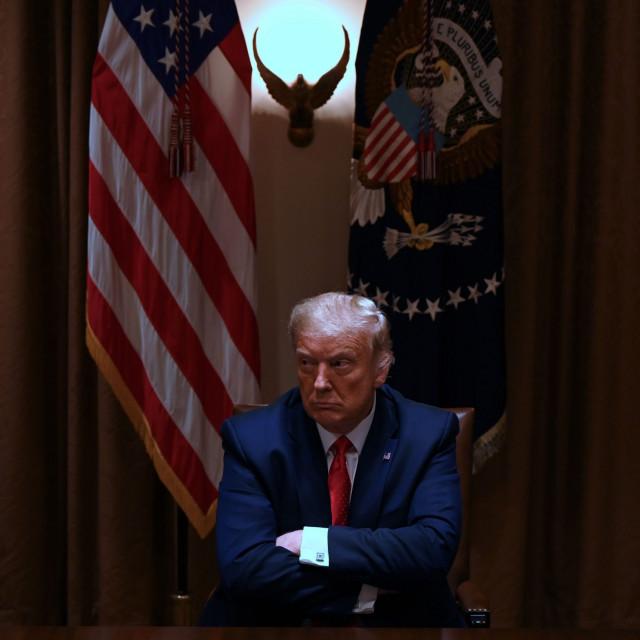 Američki predsjednik ogorčen je zbog presude Vrhovnog suda, a cijeli je slučaj nazvao 'novim lovom na vještice'