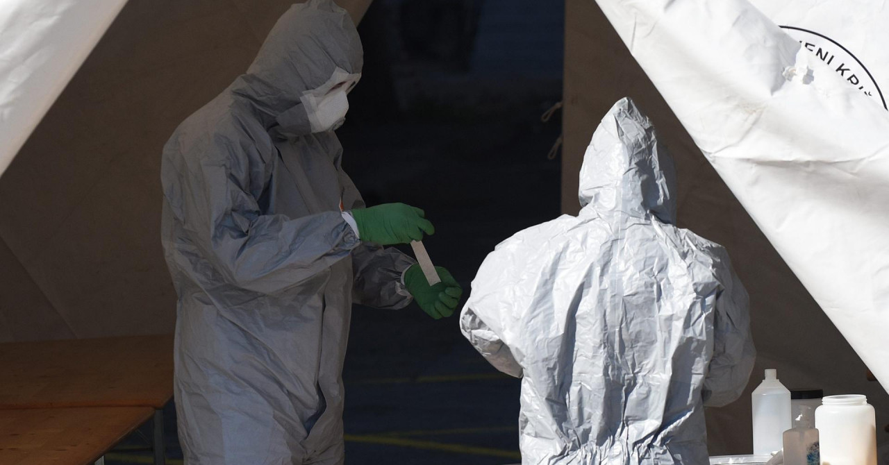 Umaški dom za starije novo žarište, u Zagrebu 24 novozaražene osobe, virus se probio i na Šoltu