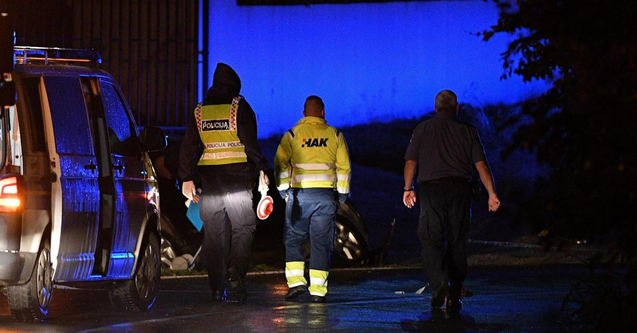 U Svetoj Heleni sletio u kanal, pokosio prometni znak pa se zabio u betonski kolni ulaz i poginuo