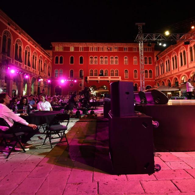 60.Splitski festival zabavne glazbe