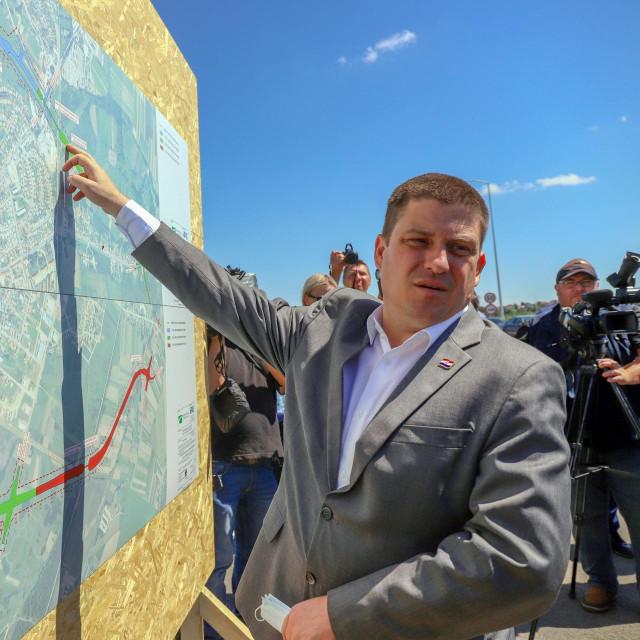 ministar Oleg Butković na otvorenju obilaznice