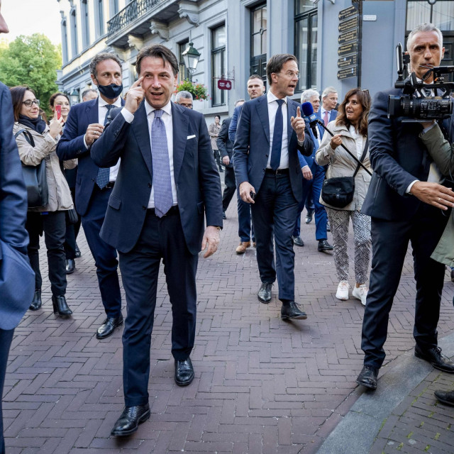 Talijanski premijer Giuseppe Conte i nizozemski premijer Mark Rutte