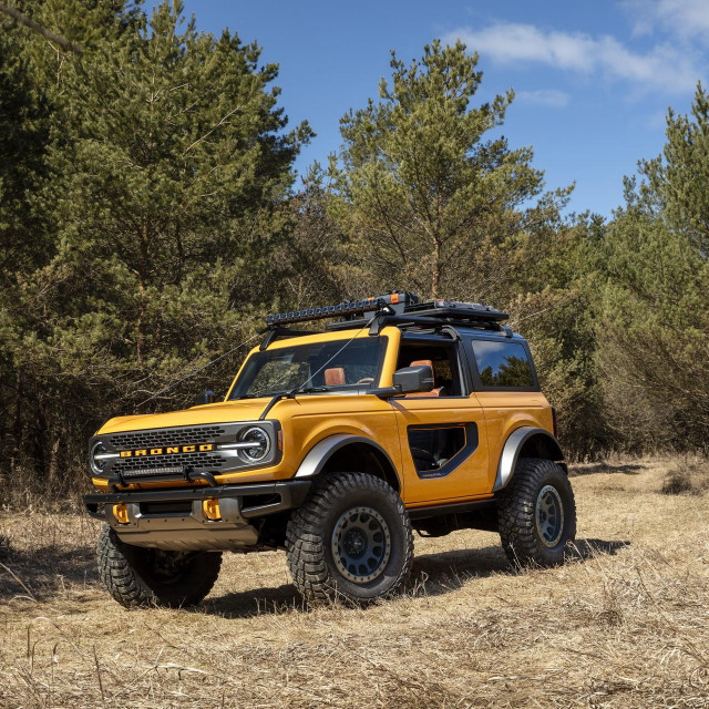 Pre-production 2021 two-door Bronco Black Diamond series in Cyber Orange Metallic Tri-Coat with available Sasquatch™ off-road package.