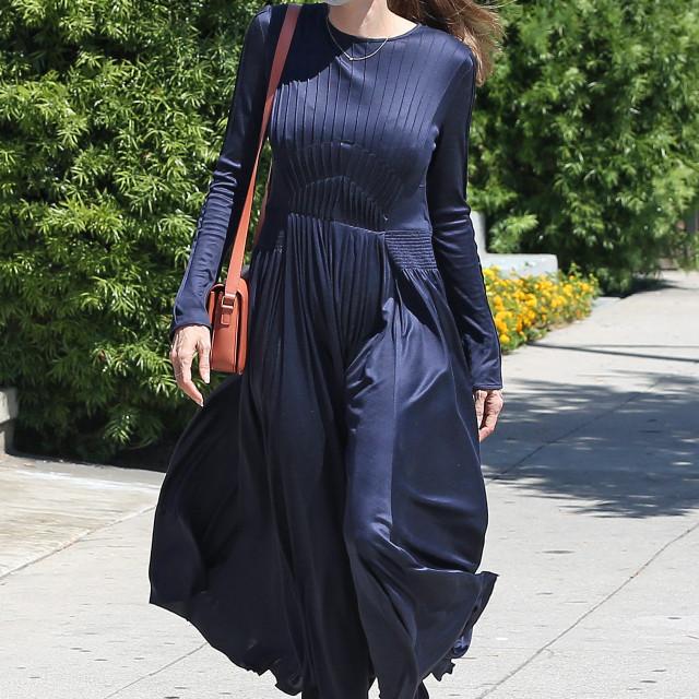 Angelina je sa sinom Knoxom bila u nabavki namirnica.