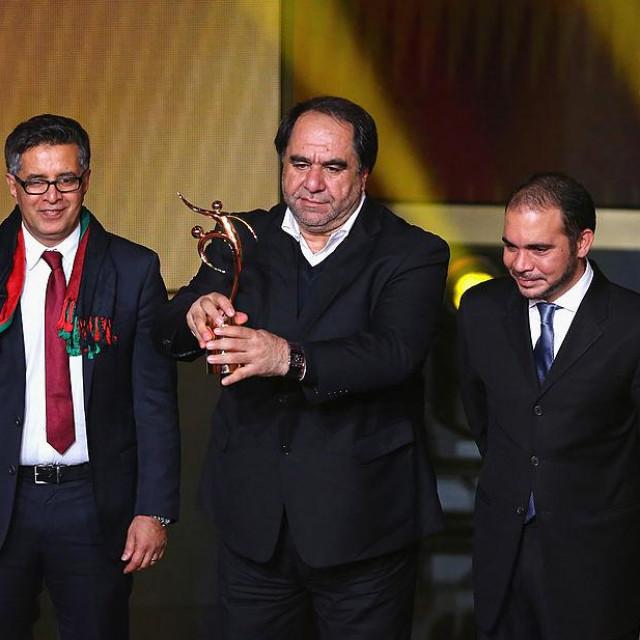 Keramuudin Karim primio je nagradu od FIFA-e 2013. godine