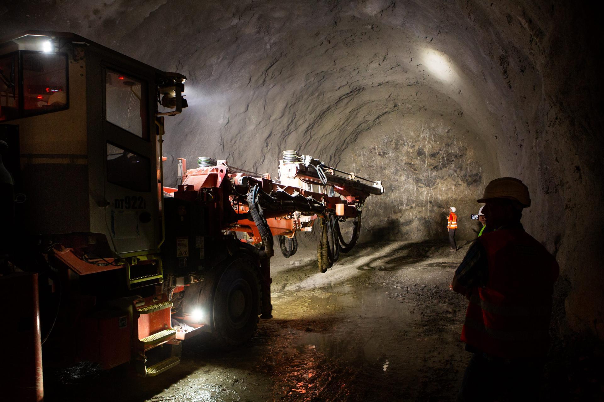 radovi u tunelu