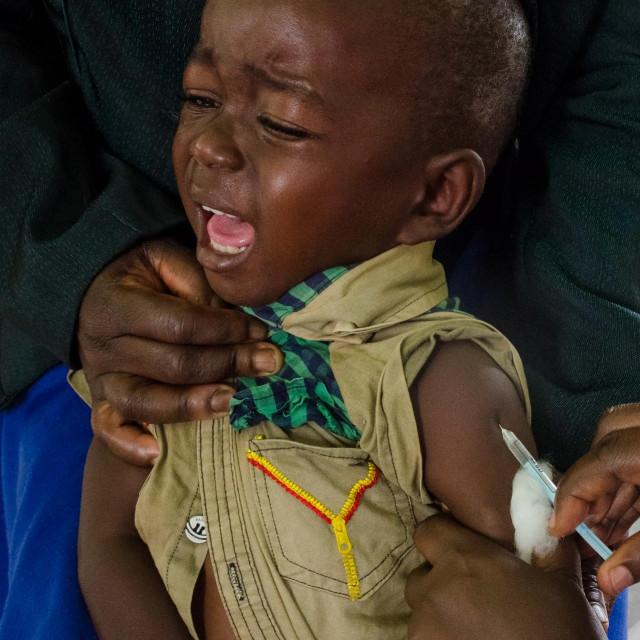 Cijepljenje djece u Ugandi
